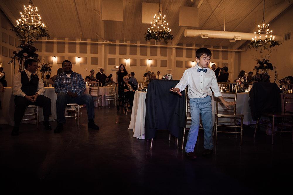 Caitlin-and-Bryan-Avon-Acres-Memphis-TN-Wedding-284.jpg