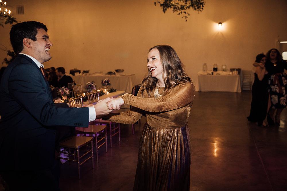 Caitlin-and-Bryan-Avon-Acres-Memphis-TN-Wedding-293.jpg