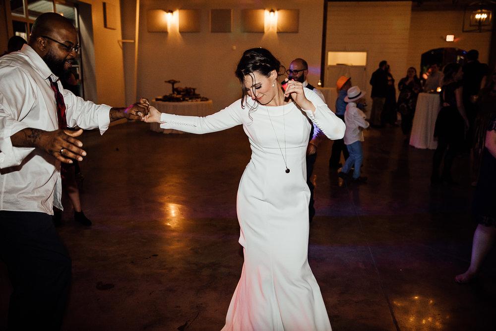 Caitlin-and-Bryan-Avon-Acres-Memphis-TN-Wedding-301.jpg