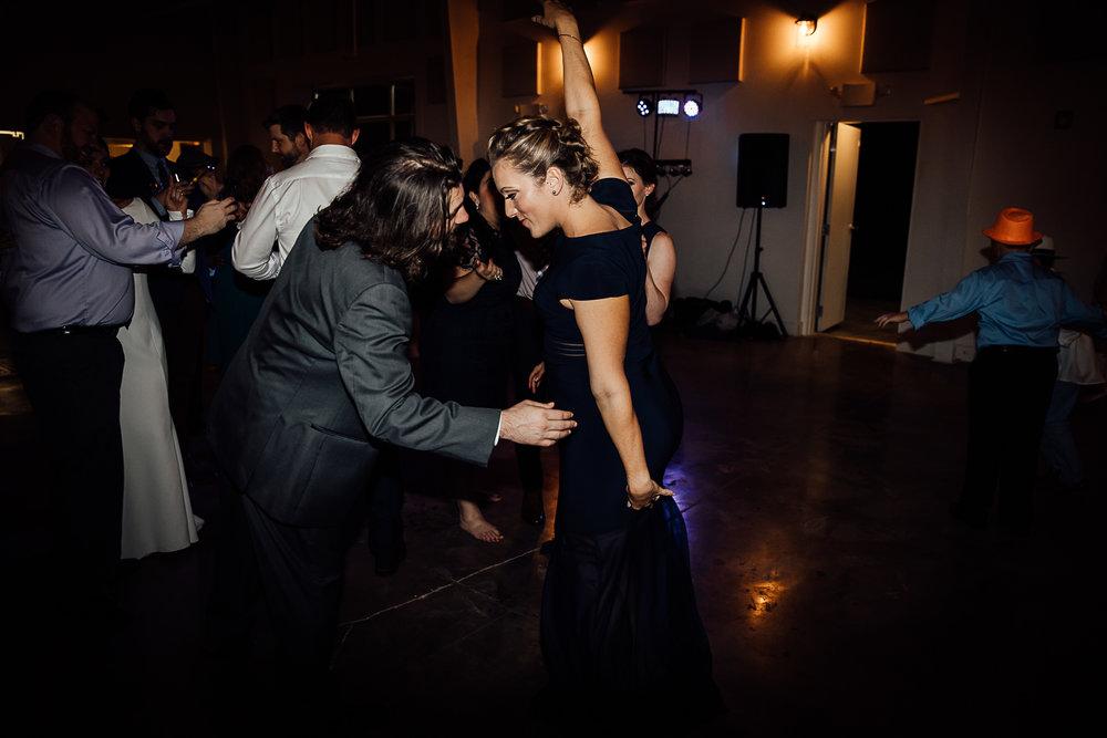 Caitlin-and-Bryan-Avon-Acres-Memphis-TN-Wedding-309.jpg