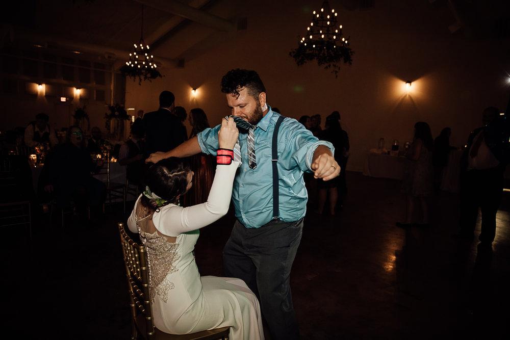Caitlin-and-Bryan-Avon-Acres-Memphis-TN-Wedding-326.jpg