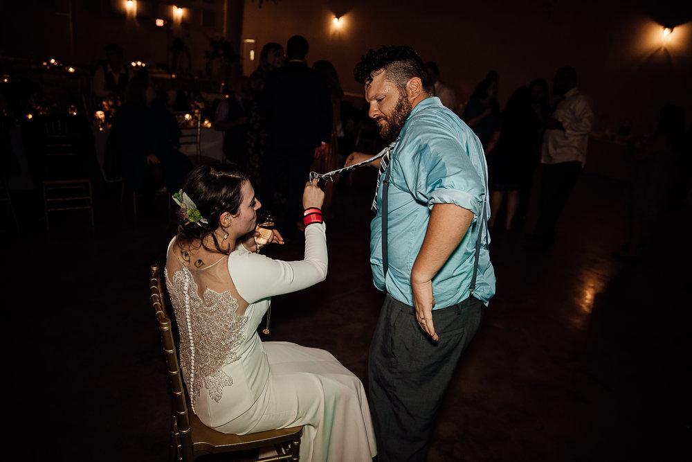 Caitlin-and-Bryan-Avon-Acres-Memphis-TN-Wedding-329.jpg