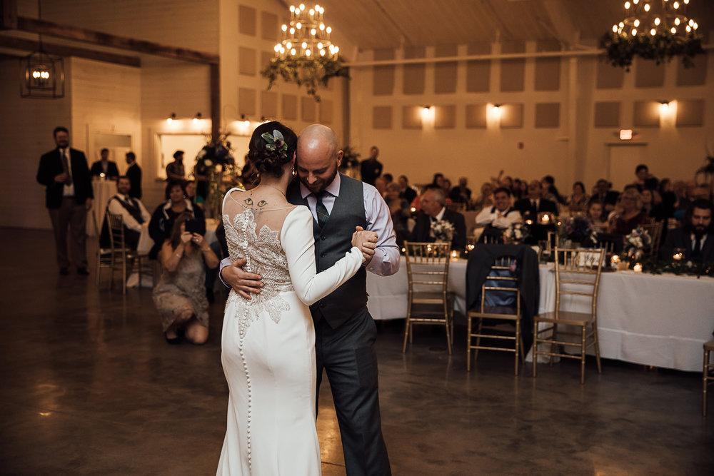Caitlin-and-Bryan-Avon-Acres-Memphis-TN-Wedding-217.jpg