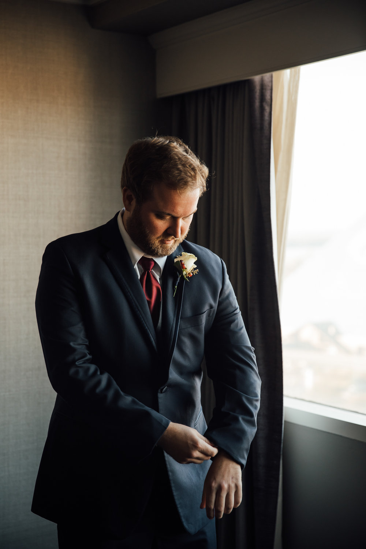 memphis-wedding-photographers-thewarmtharoundyou-ballinese-ballroom (26 of 232).jpg