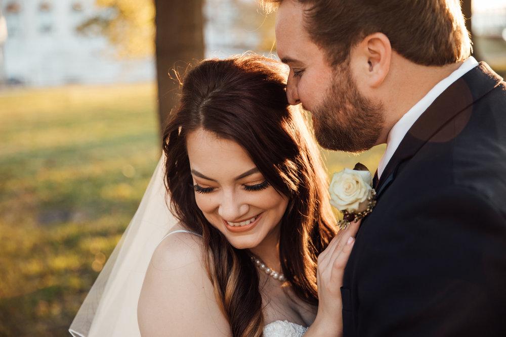 memphis-wedding-photographers-thewarmtharoundyou-ballinese-ballroom (73 of 232).jpg