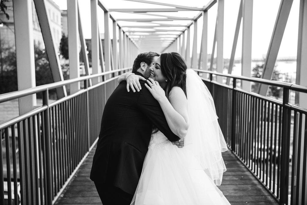 memphis-wedding-photographers-thewarmtharoundyou-ballinese-ballroom (86 of 232).jpg