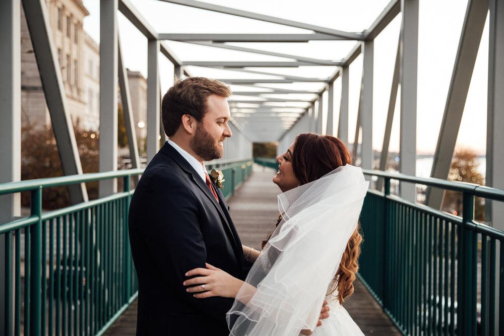 memphis-wedding-photographers-thewarmtharoundyou-ballinese-ballroom (87 of 232).jpg
