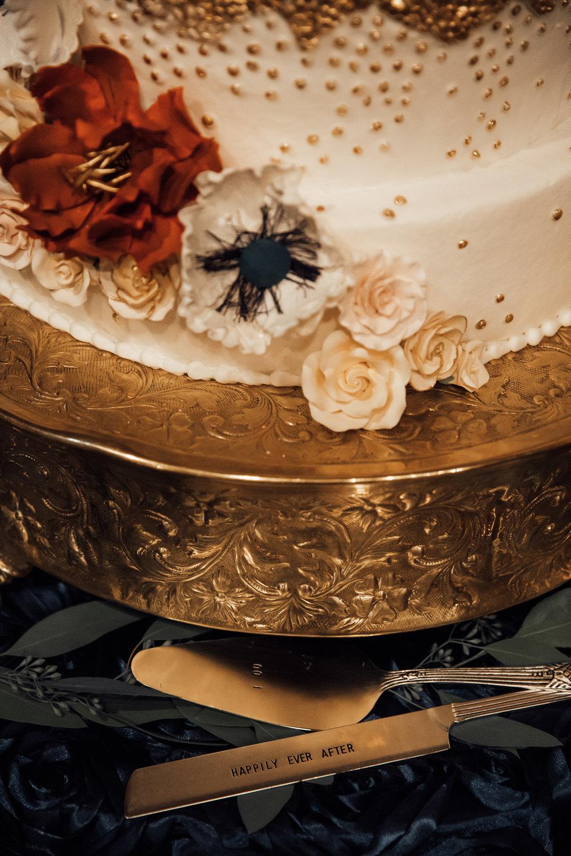 memphis-wedding-photographers-thewarmtharoundyou-ballinese-ballroom (127 of 232).jpg