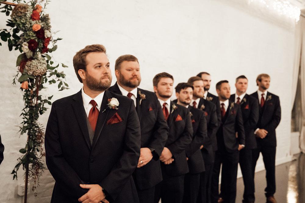 memphis-wedding-photographers-thewarmtharoundyou-ballinese-ballroom (134 of 232).jpg
