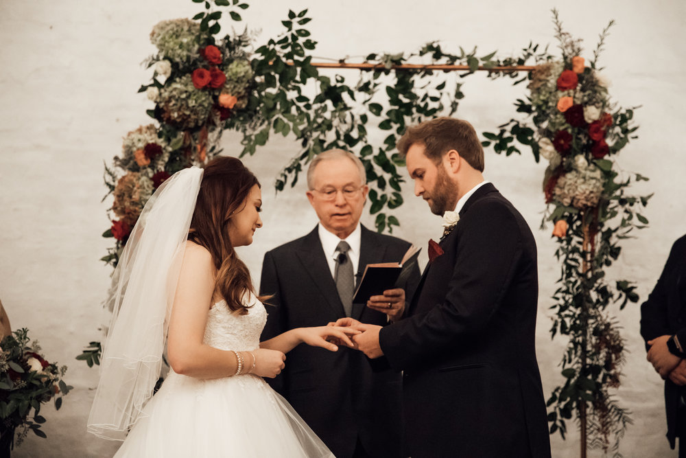 memphis-wedding-photographers-thewarmtharoundyou-ballinese-ballroom (153 of 232).jpg
