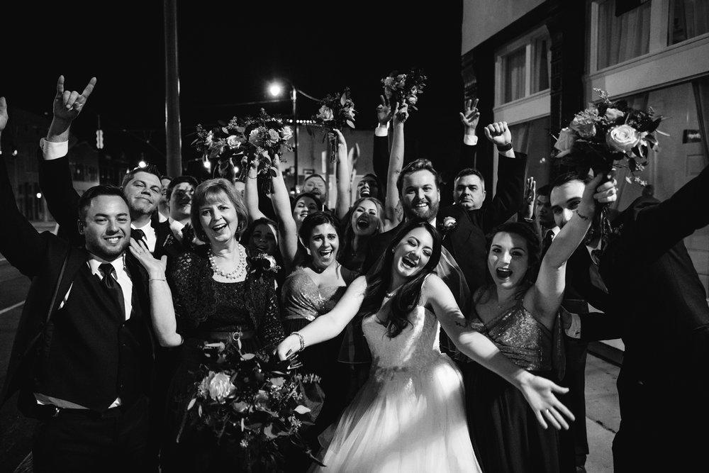 memphis-wedding-photographers-thewarmtharoundyou-ballinese-ballroom (170 of 232).jpg