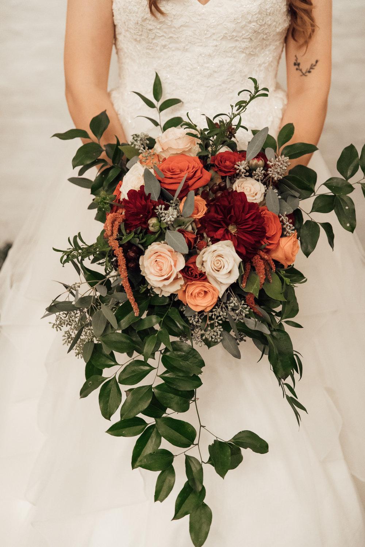 memphis-wedding-photographers-thewarmtharoundyou-ballinese-ballroom (180 of 232).jpg