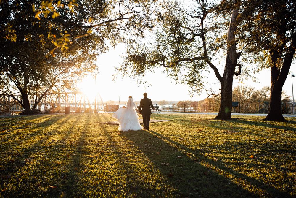 memphis-wedding-photographers-thewarmtharoundyou-ballinese-ballroom (20 of 65).jpg