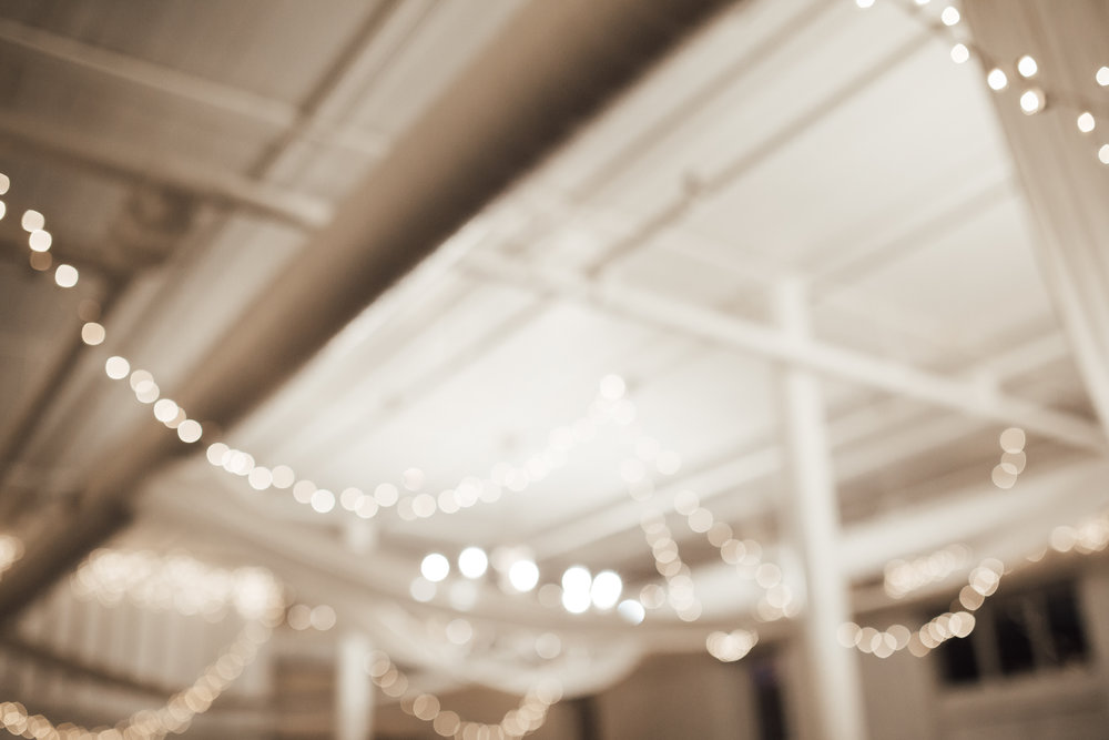 memphis-wedding-photographers-thewarmtharoundyou-ballinese-ballroom (38 of 65).jpg