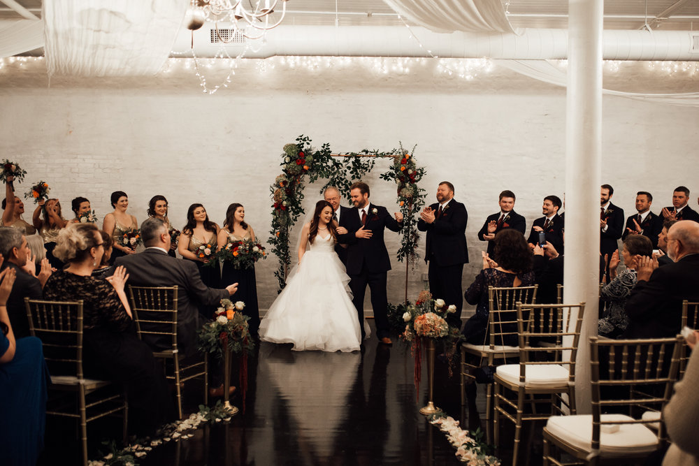 memphis-wedding-photographers-thewarmtharoundyou-ballinese-ballroom (40 of 65).jpg