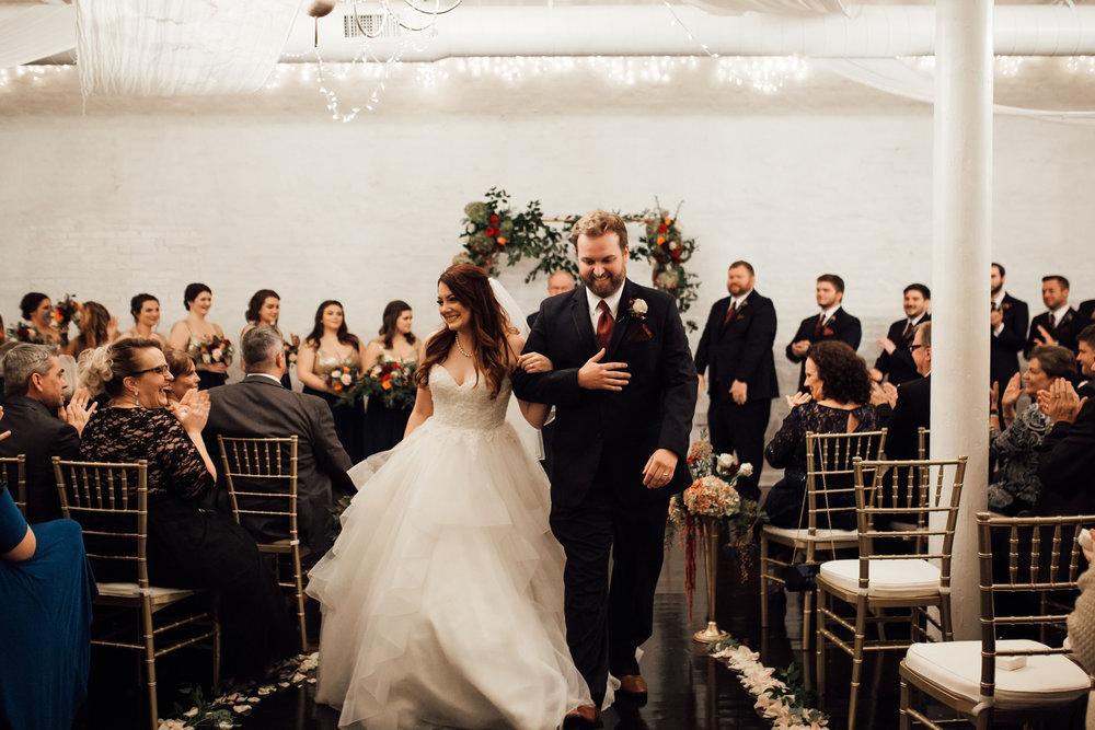 memphis-wedding-photographers-thewarmtharoundyou-ballinese-ballroom (41 of 65).jpg