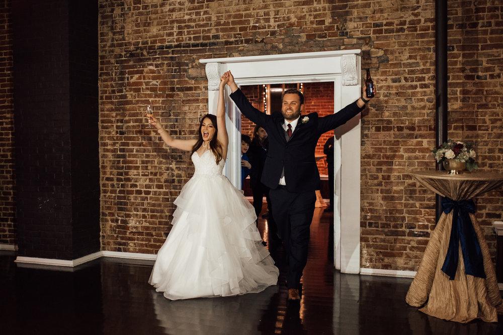 memphis-wedding-photographers-thewarmtharoundyou-ballinese-ballroom (46 of 65).jpg