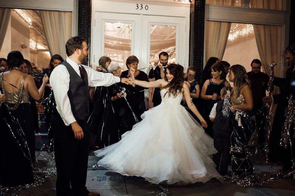 memphis-wedding-photographers-thewarmtharoundyou-ballinese-ballroom (61 of 65).jpg