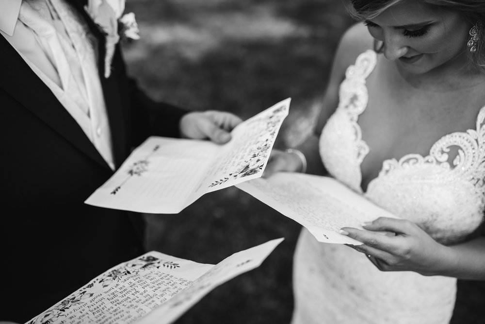 heartwood-hall-wedding-fall-wedding-memphis-thewarmtharoundyou (203 of 17).jpg
