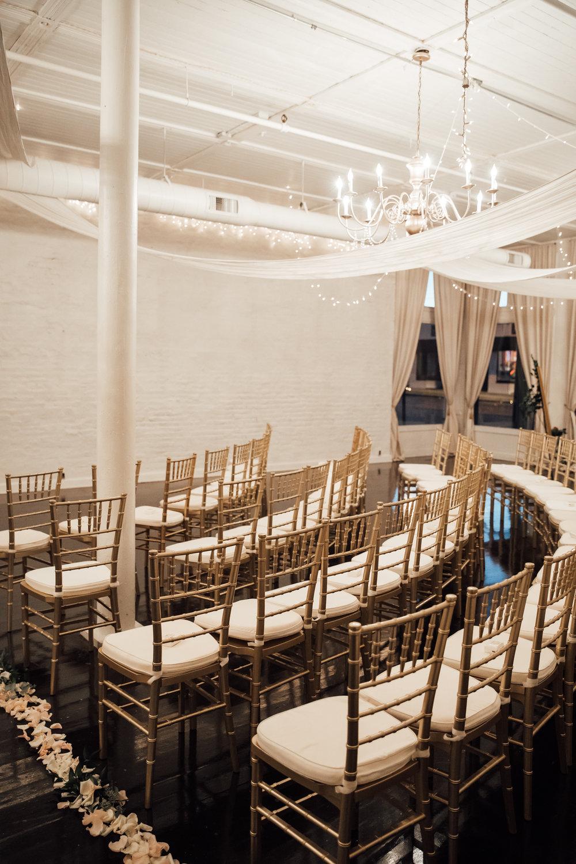 memphis-wedding-photographers-thewarmtharoundyou-ballinsese-ballroom-wedding-venue-downtown (6 of 25).jpg