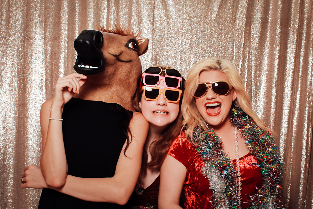 faroutphotobooths-memphis-photobooth-rental (16 of 33).jpg