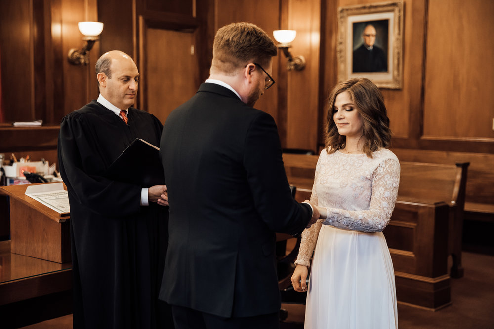 memphis-courthouse-elopement-thewarmtharoundyou-amanda-michael (22 of 143).jpg