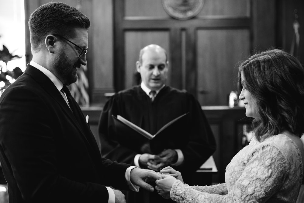 memphis-courthouse-elopement-thewarmtharoundyou-amanda-michael (32 of 143).jpg