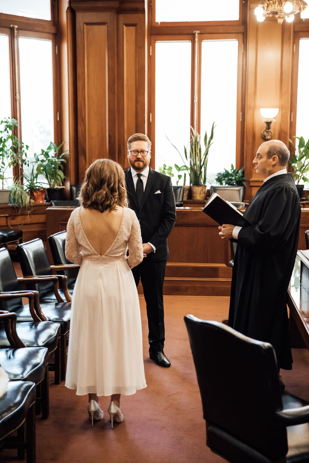 memphis-courthouse-elopement-thewarmtharoundyou-amanda-michael (6 of 143).jpg