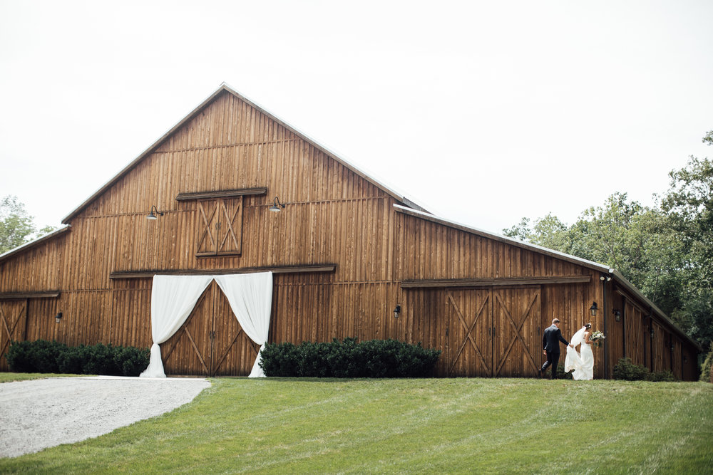 thewarmtharoundyou-murfreesboro-wedding-photographer-saddlewoodsfarms (166 of 121).jpg