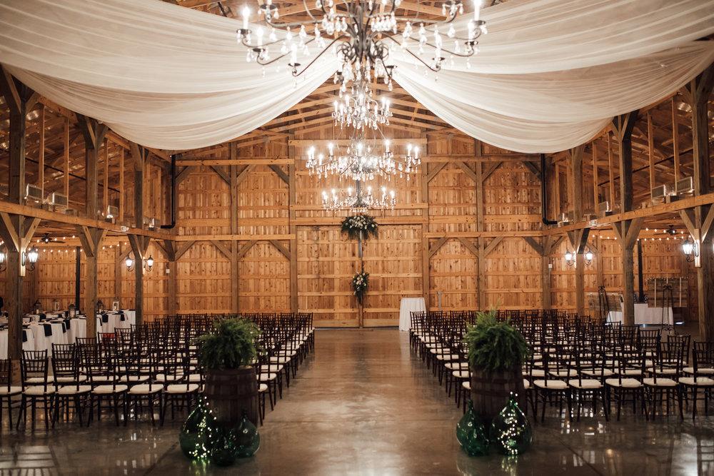 thewarmtharoundyou-murfreesboro-wedding-photographer-saddlewoodsfarms (175 of 121).jpg