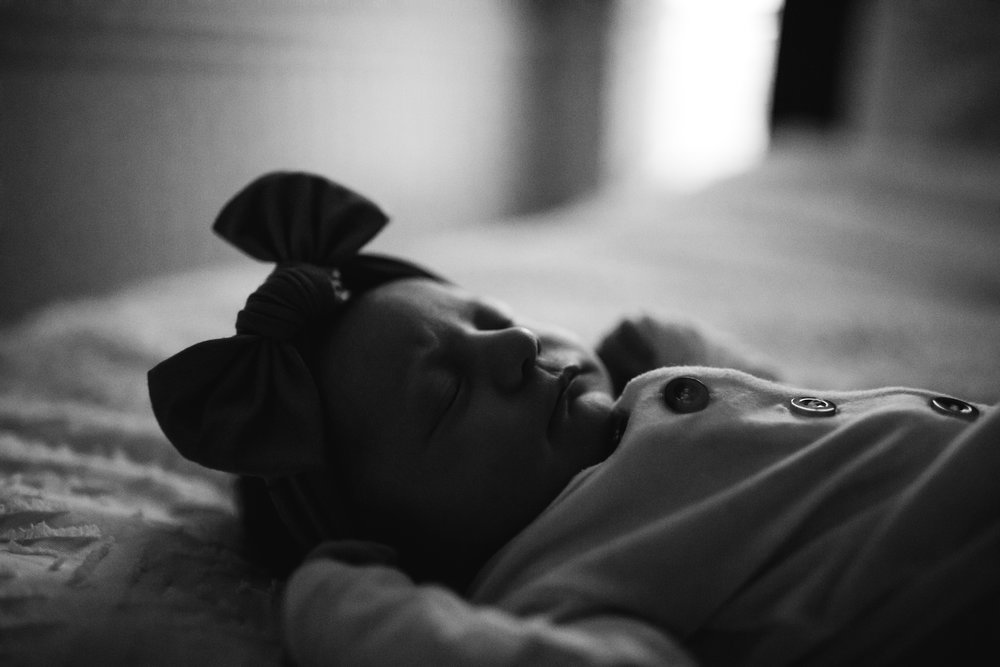 in-home-newborn-session-farrar-newborn (77 of 135).jpg