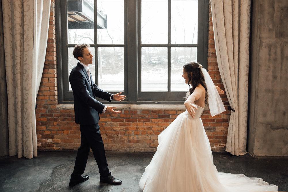 dayton-ohio-steam-plant-wedding-thewarmtharoundyou (80 of 429).jpg