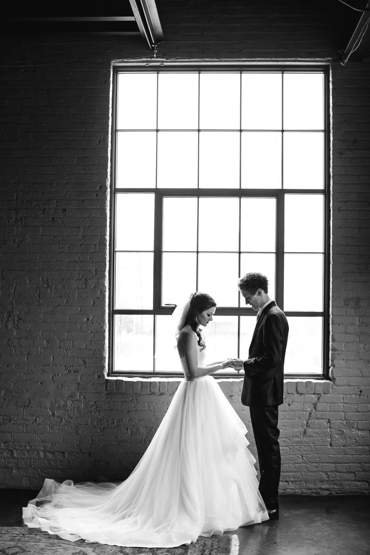 dayton-ohio-steam-plant-wedding-thewarmtharoundyou (122 of 429).jpg