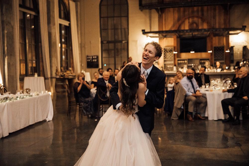 dayton-ohio-steam-plant-wedding-thewarmtharoundyou (278 of 429).jpg