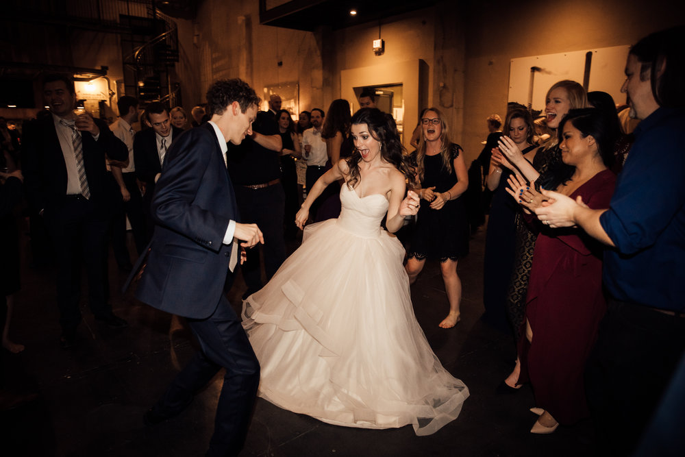dayton-ohio-steam-plant-wedding-thewarmtharoundyou (394 of 429).jpg