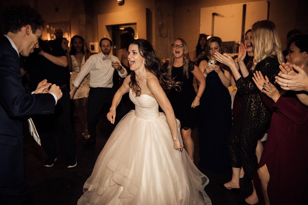 dayton-ohio-steam-plant-wedding-thewarmtharoundyou (395 of 429).jpg