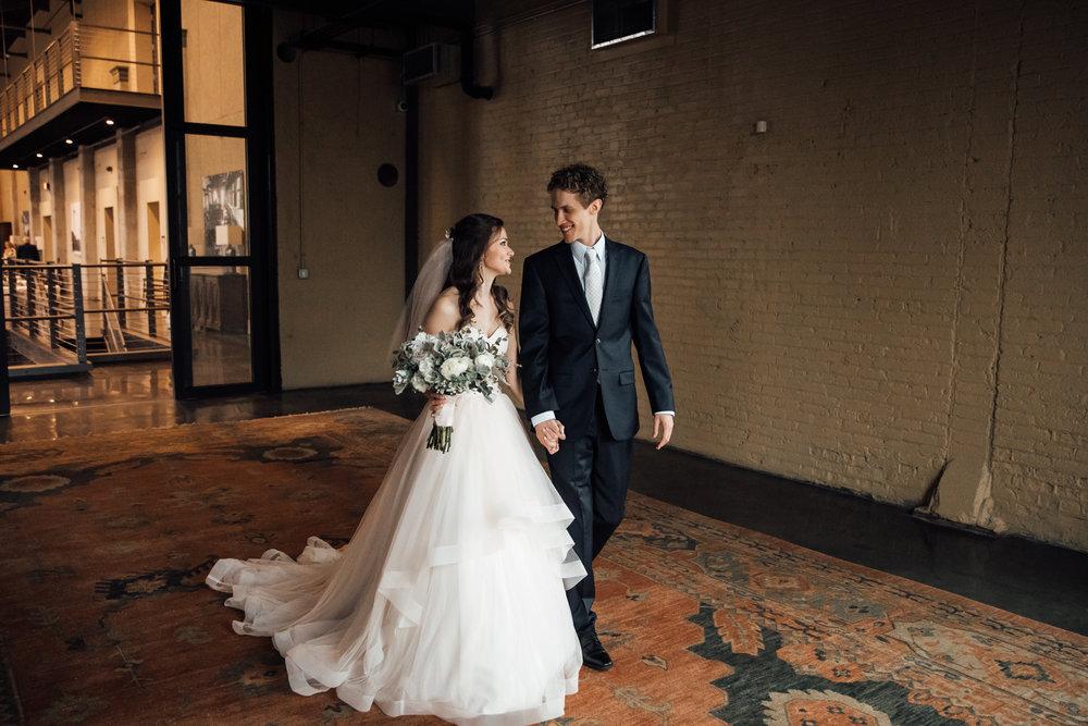 dayton-ohio-steam-plant-wedding-thewarmtharoundyou (9 of 47).jpg
