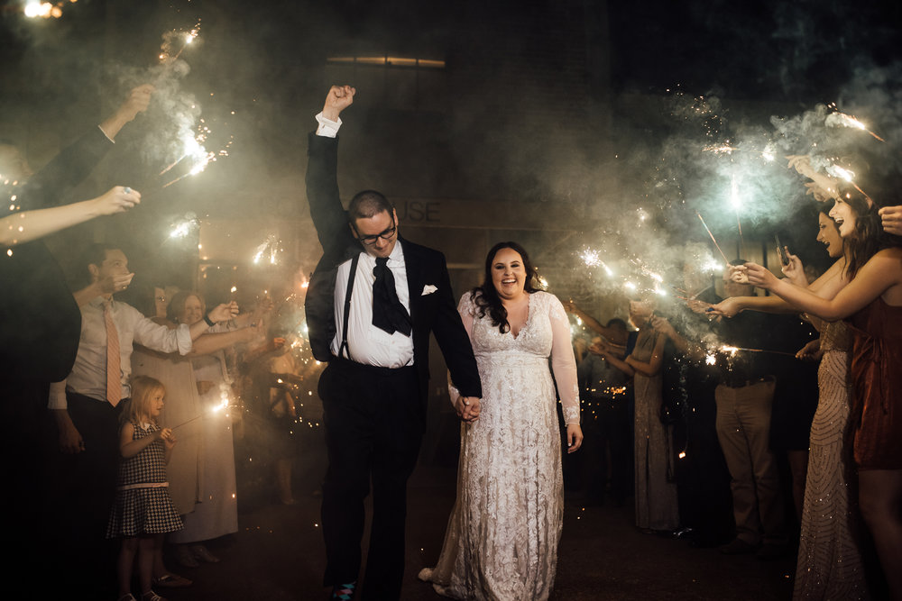 the-warmth-around-you-oxford-ms-wedding-rowan-oak-the-powerhouse (10 of 14).jpg