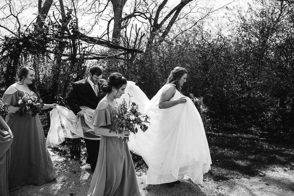 meadow-hills-farm-thewarmtharoundyou-memphis-wedding-photographers (88 of 266).jpg