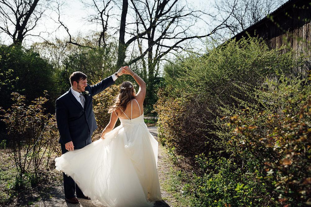 meadow-hills-farm-thewarmtharoundyou-memphis-wedding-photographers (197 of 266).jpg
