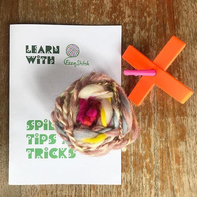 Learnt to spin yarn today with @ezzystitch and I LOVED IT 😍 totally hooked and I'd definitely recommend Eleanor's workshop, not only is she a fabulous teacher but her yarn and spindle collection is to DIE FOR! Can't wait to try the spinning wheel a la Sleeping Beauty 🙌🙏🙌♥️ • • • • #ezzystitch #spinning #yarnspinning #fluff #spinner #spinnersofig #wemakeyarn #makeyourownyarn #handspunyarn #handspun #handspunartyarn #dropspindle #dropspindlespinning #waketomake #creativelifehappylife #yarnporn #yarnlove #yarntwists #molliemakes #spinningfiber #fibreartist