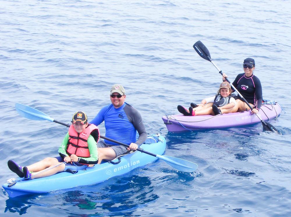 San-Blas-Kayak-Kayaking-Blue-Sky-Experience-001.jpg