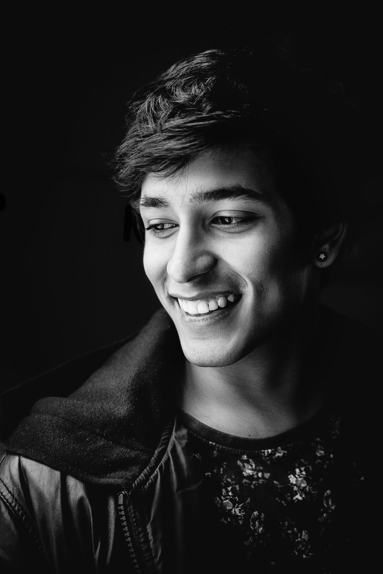 AADVIK JETLEY - Currently a senior at the University of Minnesota, Aadvik will be graduating in December 2017 from the Carlson School of Management. He knows English, Hindi and intermediate Spanish. He's also a musician.