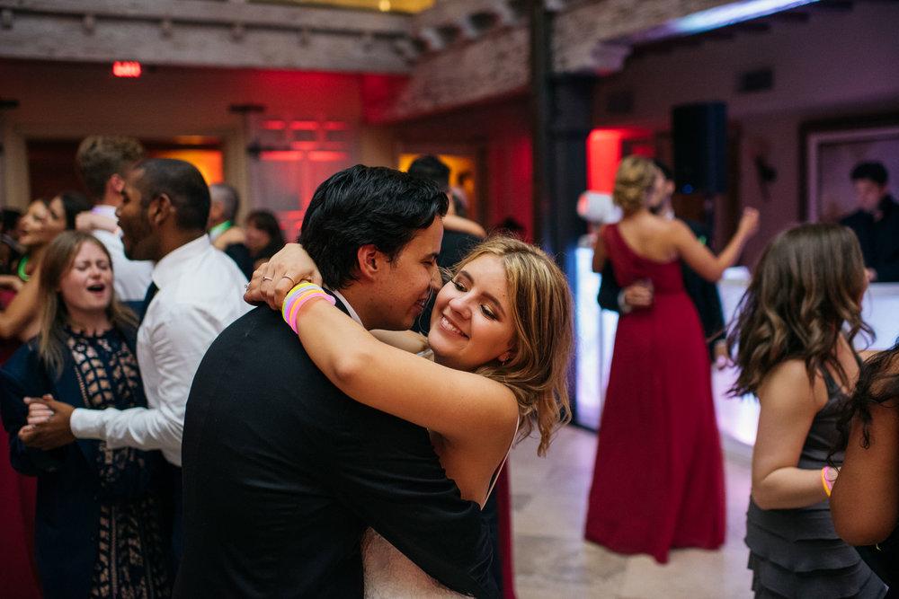 Sam+Ricardo_Wisconsin_Wedding_photographer-43.jpg