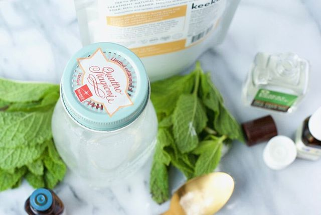 There's nothing like a good beauty DIY so I'm going to be adding a monthly series of DIY recipes for everyday essentials! Kicked it off yesterday with my favorite all-natural, organic whitening mint mouthwash that you can make in under 5 minutes. Give it a try and let me know what you think! Link in bio.