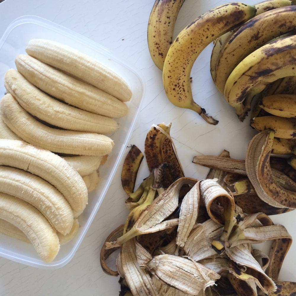 banana peeling