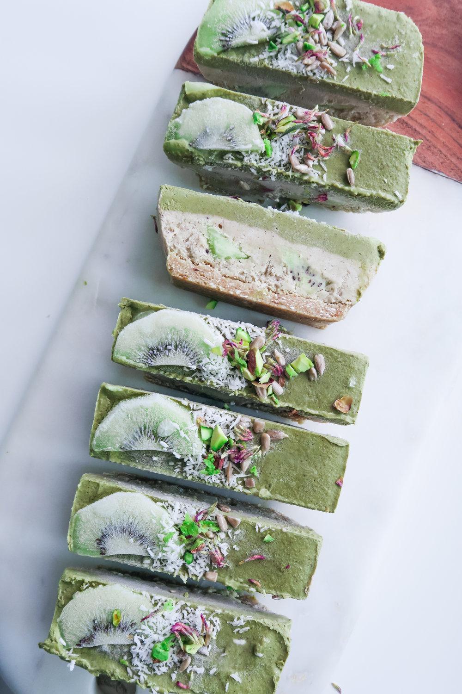 cheesecake matcha kiwi vegan