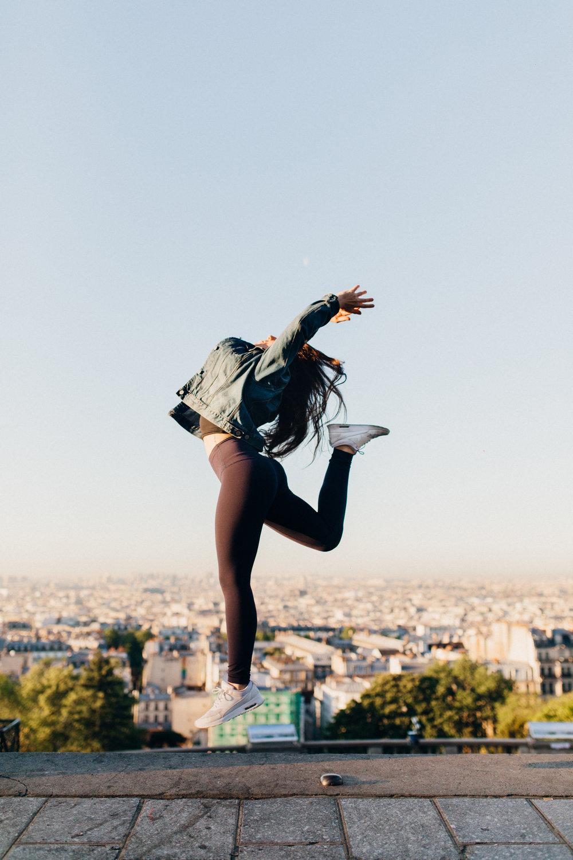 Yoga in Paris - @amelietahiti