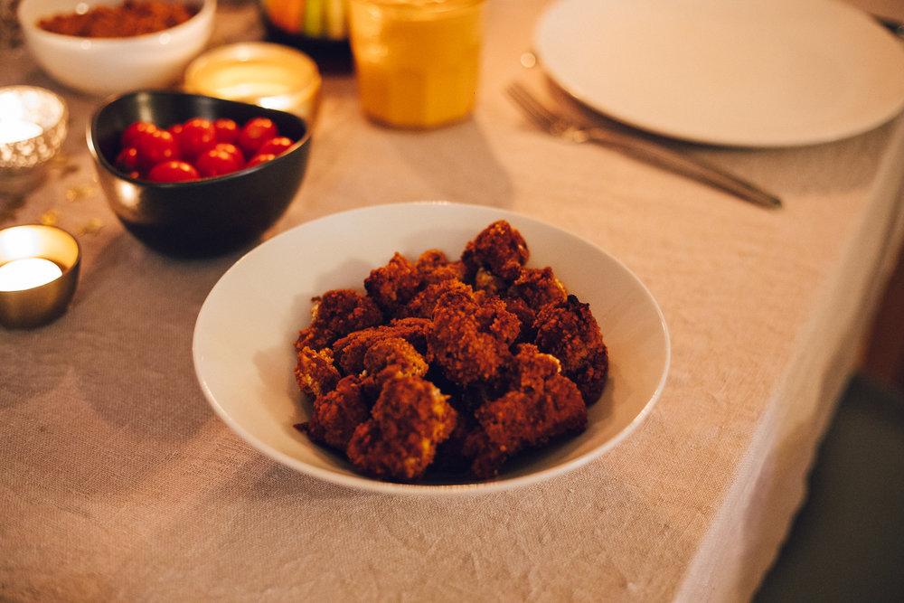 Vegan Buffalo Wings - Vegan Christmas Dinner Food - www.amelietahiti.com