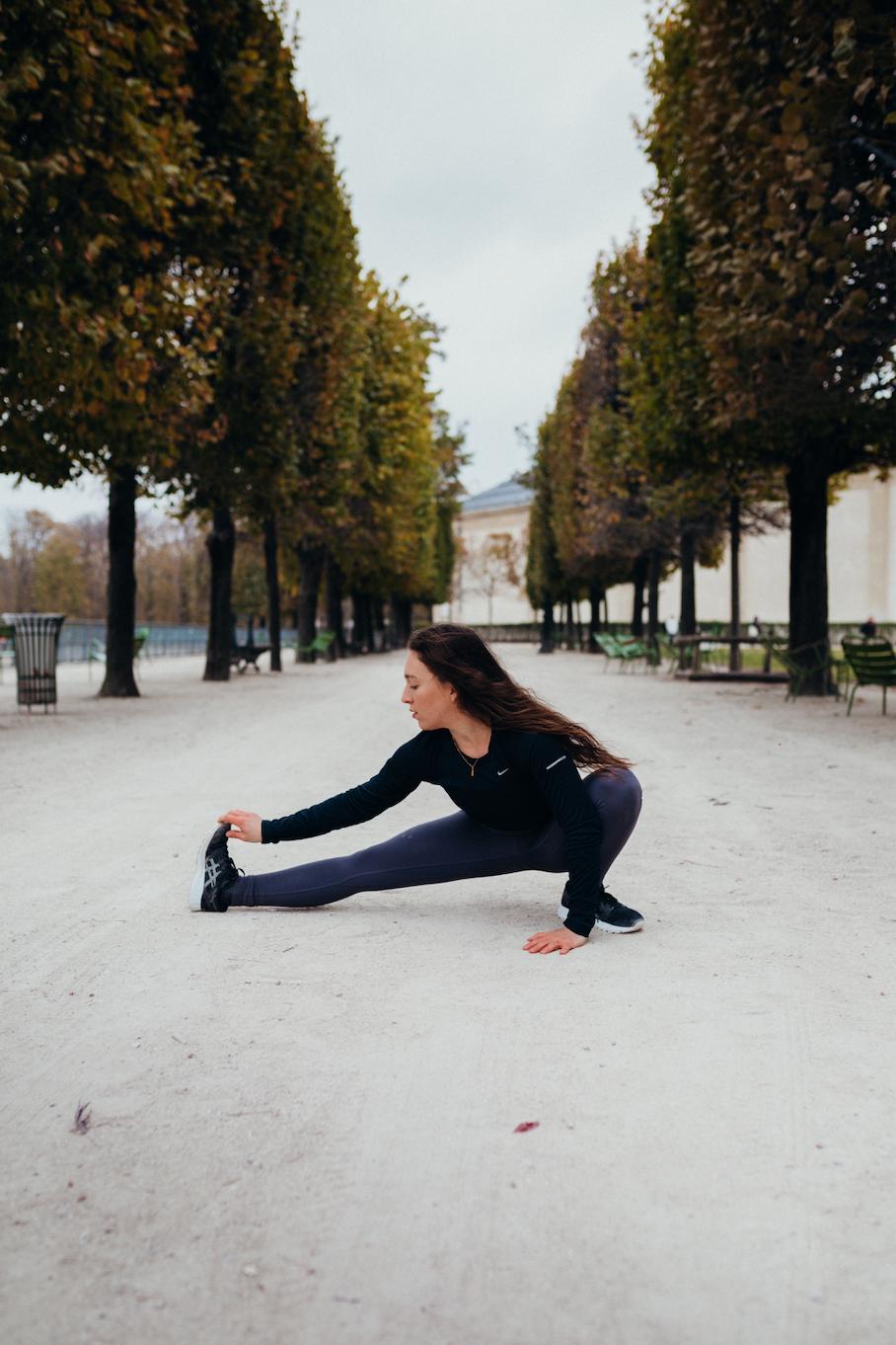 Yoga teacher training france - earth to fly - amelietahiti.png